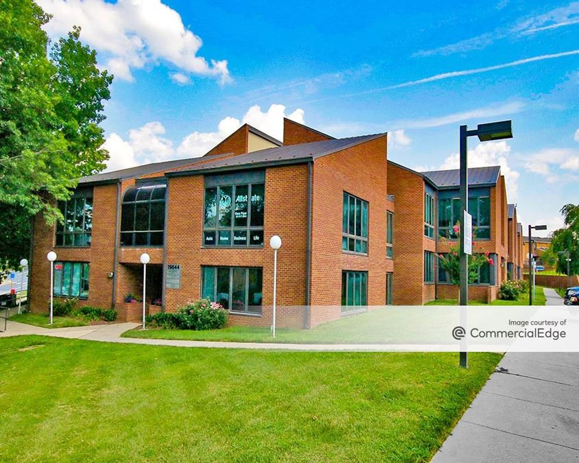 Montgomery Village Executive Plaza - 19630-19644 Club House Road
