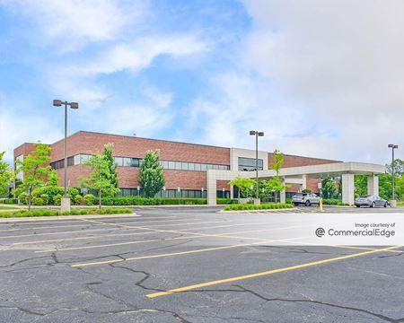 Meadowbrook Office Building - Novi