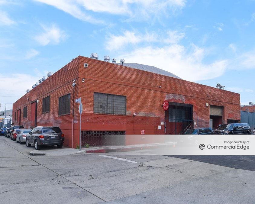 230 West Avenue 26th