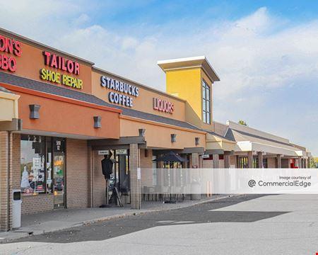 Arapahoe Village Center Shopping Center - Littleton