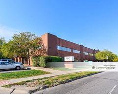 1200 University Avenue - Des Moines