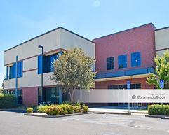 Greenhaven Corporate Plaza - 1100 & 1104 Corporate Way - Sacramento
