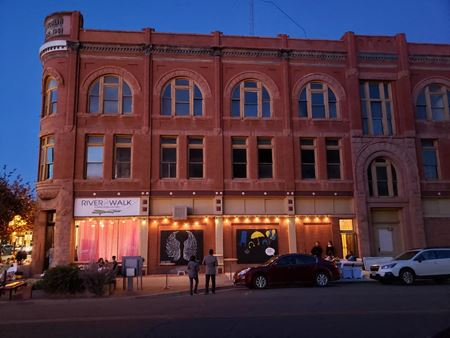 Amazing 10000 sqft historic building!! - Pueblo