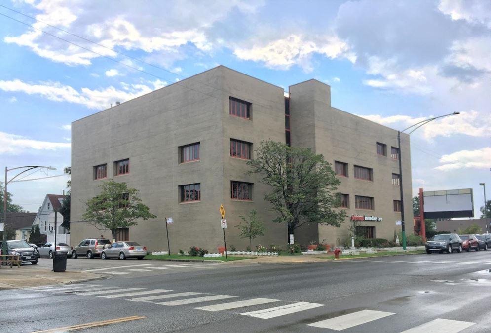 4211 North Cicero Avenue