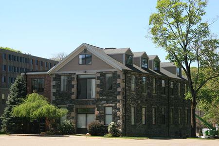 37 Walnut Street - Wellesley