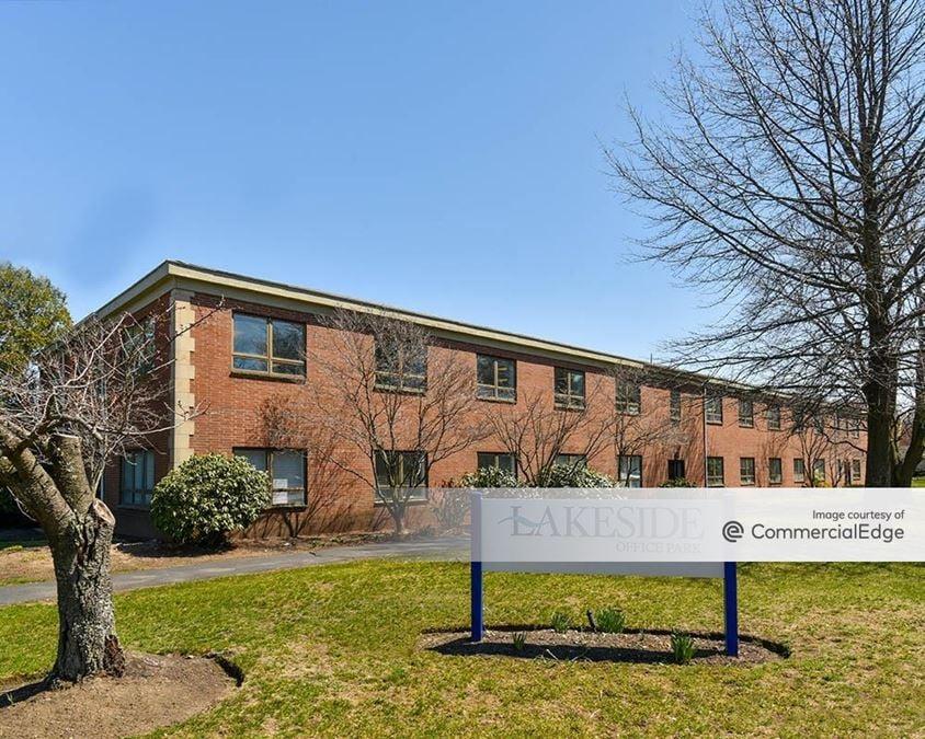 Lakeside Office Park - 591 North Avenue