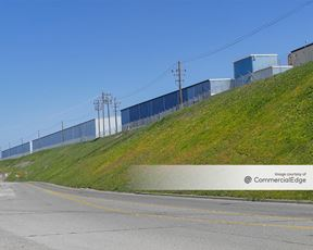 Mesa Business Park - 700 Airport Road