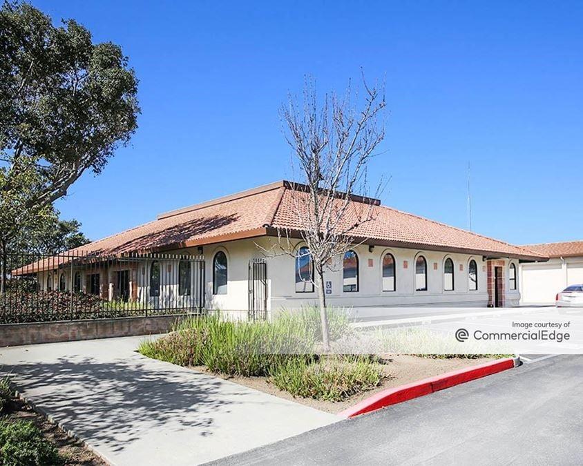 Uni Kool Center