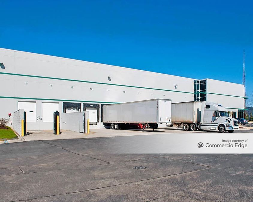 Professional Business Park - Prologis Bloomingdale Business Center - 290 & 300 Madsen Drive