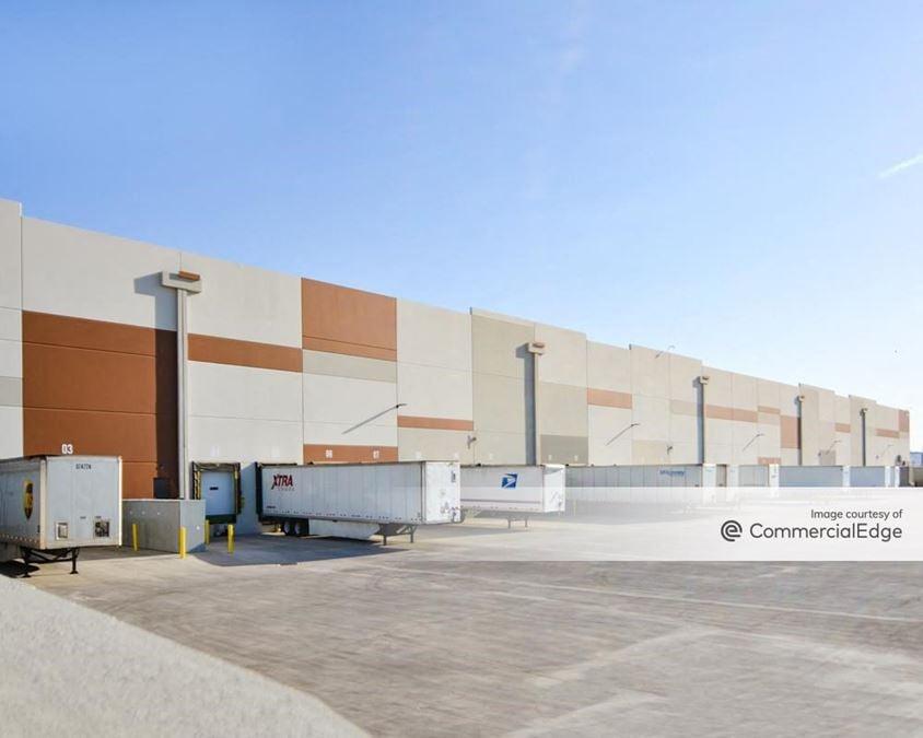 PV303 - REI Distribution Center