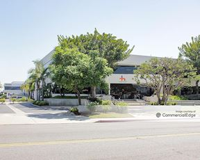 3030-3088 Walnut Avenue - Long Beach