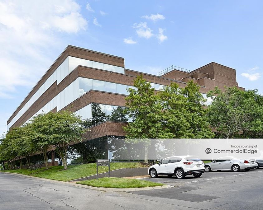 Maryland Farms Office Park - The Ramparts of Brentwood