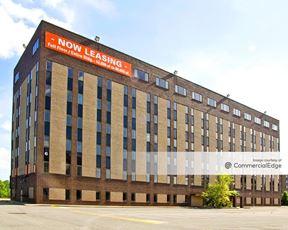 Penn Center East - Building 7