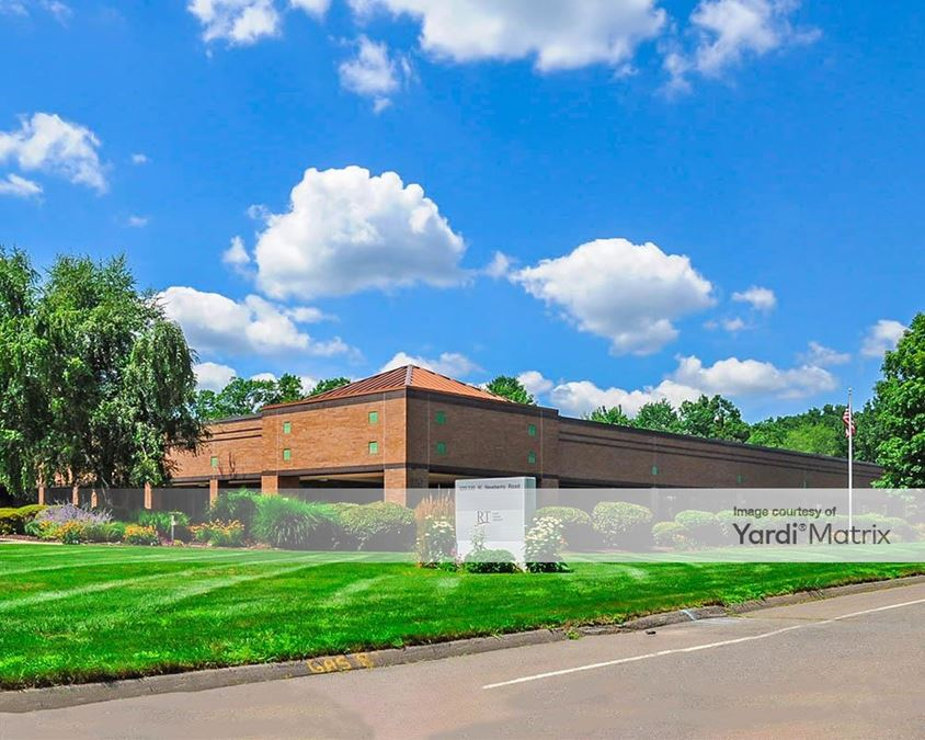 Griffin Center South - 310-330 West Newberry Road