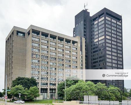 Detroit Executive Plaza - Detroit