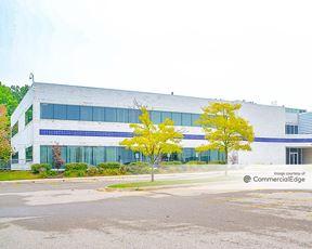 Plymouth Oaks Business Park - 43811 Plymouth Oaks Blvd