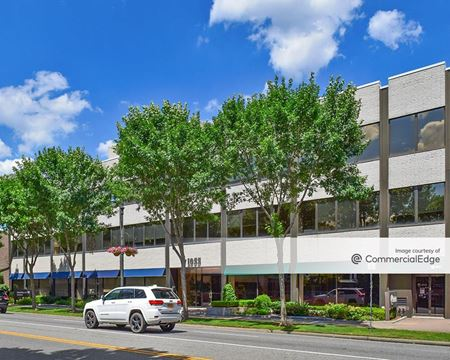 1055 Franklin Avenue - Garden City