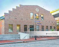 Lady Byrd Hat Building - Richmond