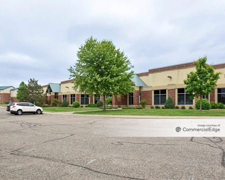 Willow Lake Tech Building - Vadnais Heights