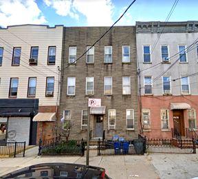 138 St Nicholas Ave
