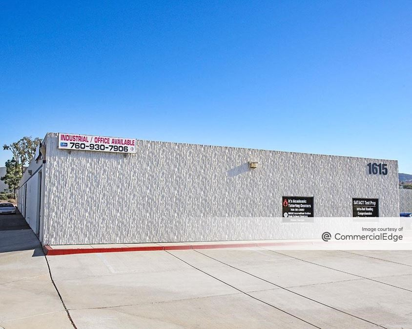 La Costa Meadows Business Center