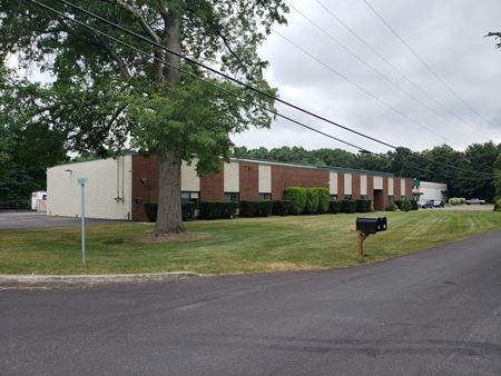 Office/Warehouse Space with Parking Available - Lake Katrine