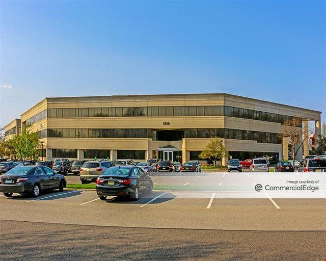 Commerce Center