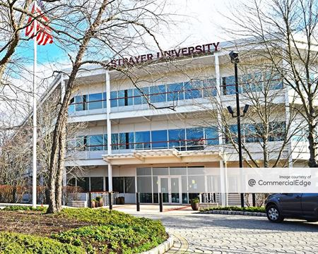Crossroads Corporate Center - Lawrenceville