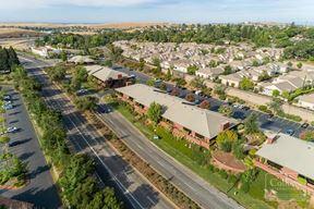 3820-3840 El Dorado Hills Blvd
