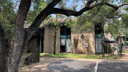 2525 Wallingwood Dr. #6 - Austin