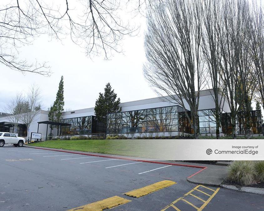 Cornell Oaks Corporate Center - Ridgeview