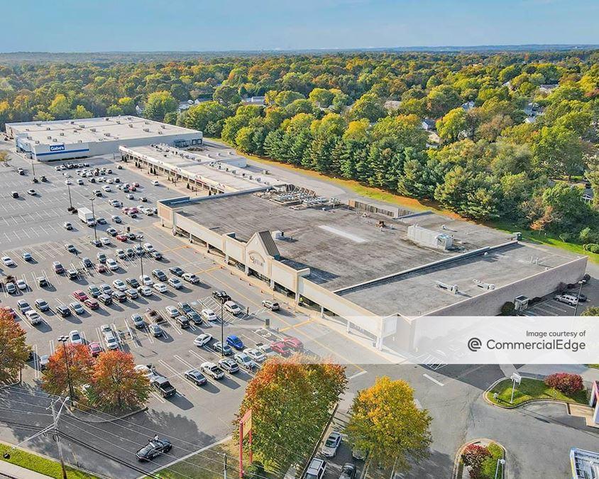 East Park Plaza Shopping Center
