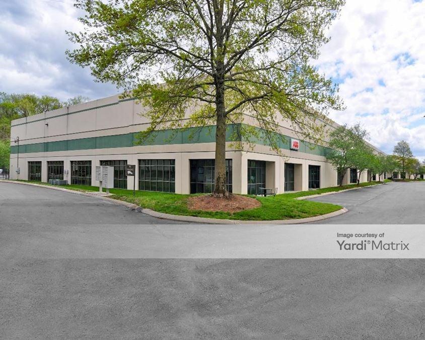 Airpark Business Center - Building 1415
