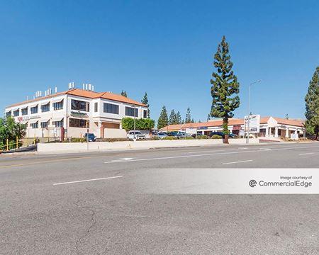 Porter Ranch Town Square - Northridge
