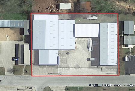 Warehouse/Office For Sale in Kerrville Texas - Kerrville