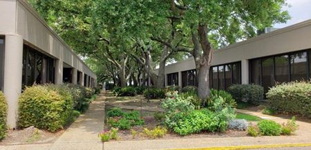 Elmwood Oaks Office Park - New Orleans