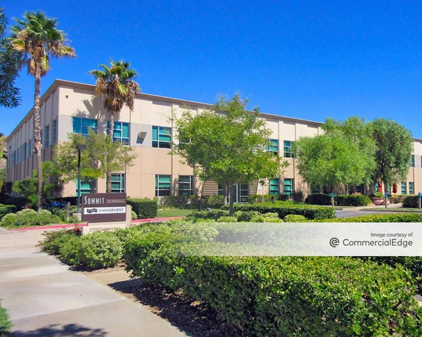 Summit at Valencia - 27202 West Turnberry Lane