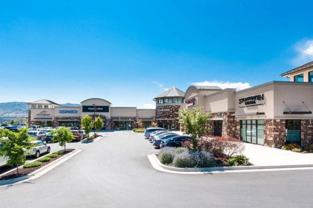 South Willow Retail Center