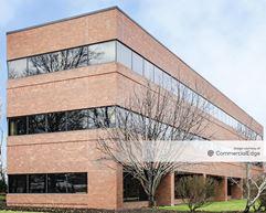 Edison Square Office Park - 2025 Lincoln Hwy - Edison