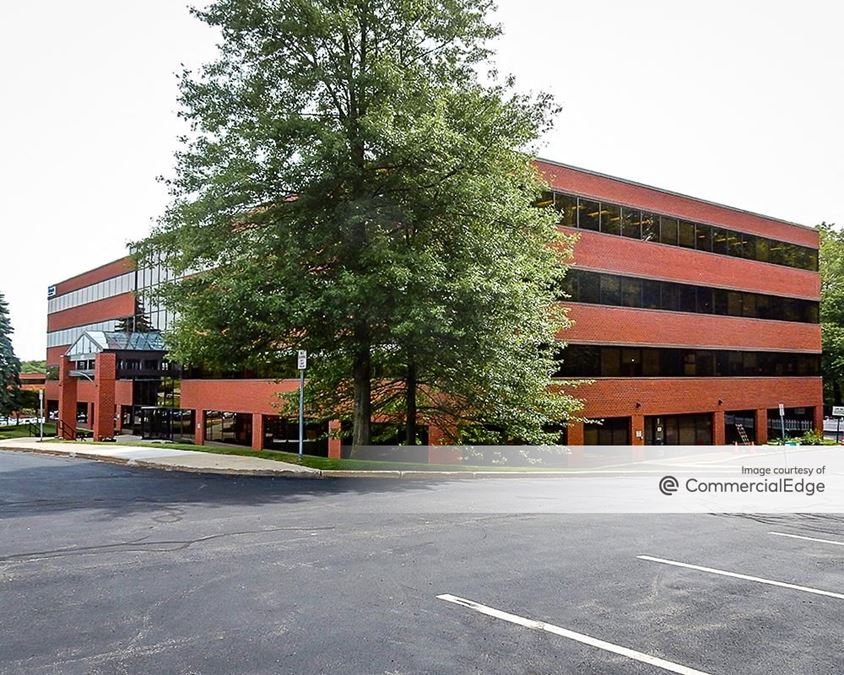 Totten Pond Office Park - 400 & 410