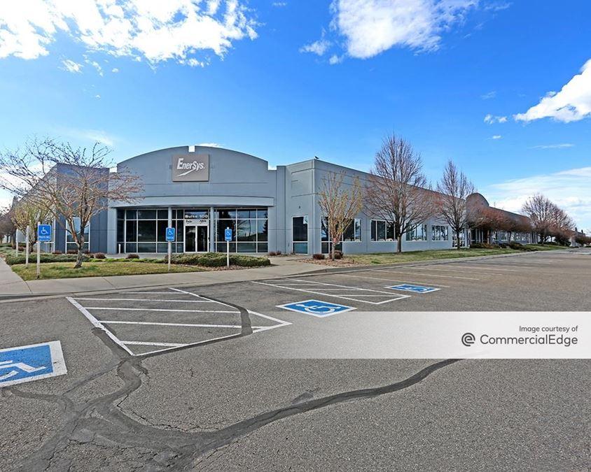 Diagonal Tech Center