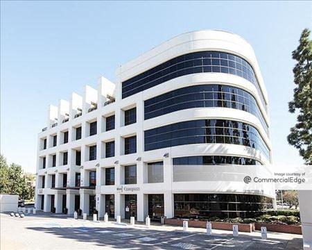 Regents Park Financial Centre - La Jolla