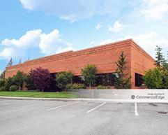 Redmond Ridge Corporate Center - Building 119 - Redmond