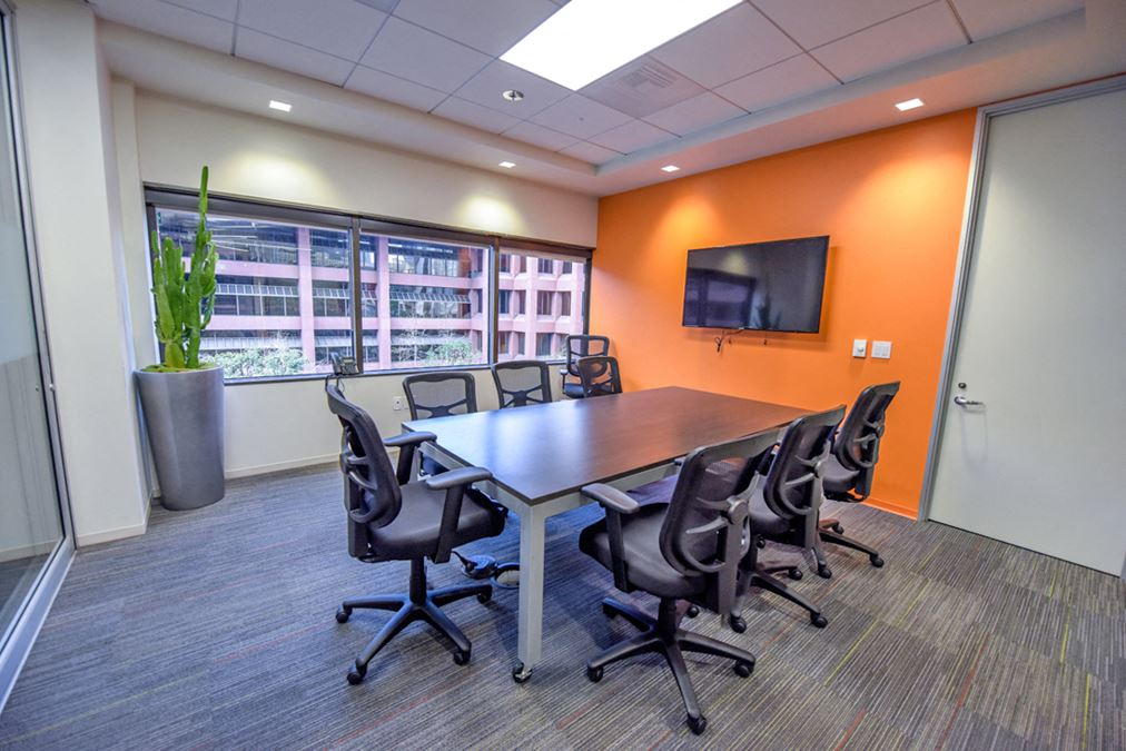 Premier Workspaces   101 W. Broadway