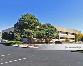 One Towne Centre - Albuquerque