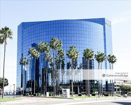 La Jolla Center - 4660 La Jolla Village Drive - San Diego