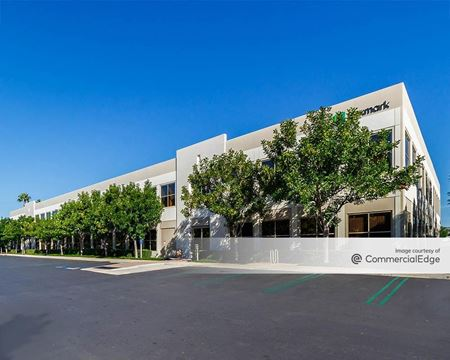 Discovery Business Center - 15211 Laguna Canyon Road - Irvine