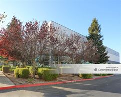 Riverside Commerce Center III - 1010 Riverside Pkwy - West Sacramento