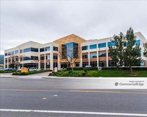 Westlake Landmark - Building II - Westlake Village