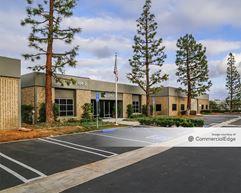 Airway Commerce Center - 3184, 3186 & 3188 Airway Avenue - Costa Mesa